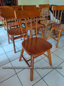 Kursi Cafe Jari Jari Kayu Jati Solid