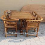 Set Meja Makan Cafe Simpel Minimalis