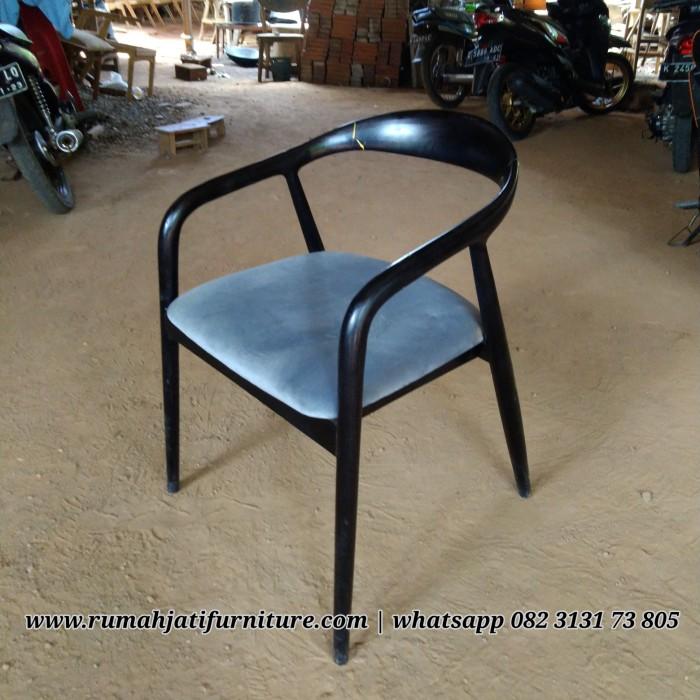Kursi Cafe Lengkung Kayu Jati | Rumah Jati Furniture