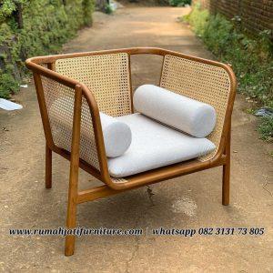 Sofa Rotan Krudung Kombinasi Kayu Jati