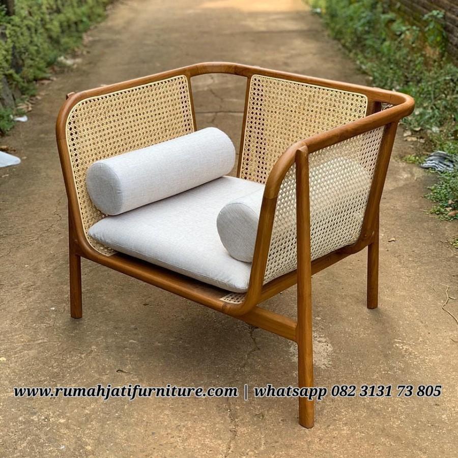 Gambar Sofa Rotan Single Kombinasi Kayu Jati | RUMAH JATI FURNITURE