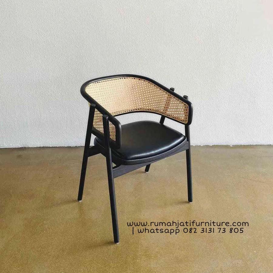 Gambar Kursi Makan Rotan Kombinasi Kayu Jati | Rumah Jati Furniture