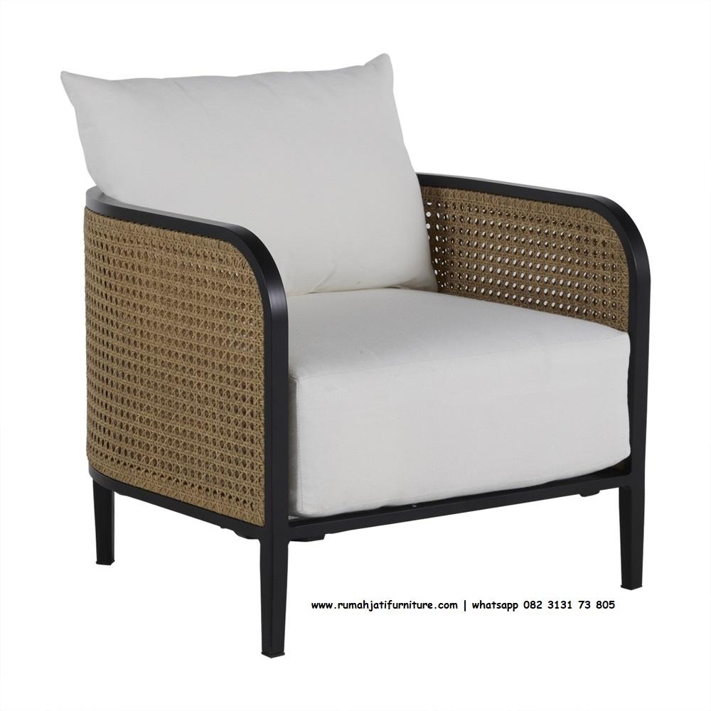 Gambar Sofa Single Jati Kombinasi Rotan Lengkung | Rumah Jati Furniture